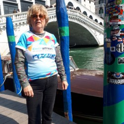 Das Eschathlon-Shirt unterwegs in Venedig